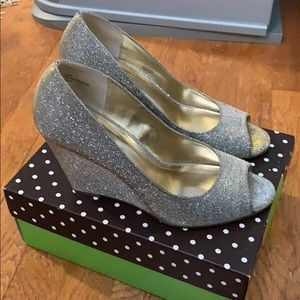 Sparkly gold peep toe wedges